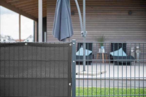 sichtschutz windschutz laubschutz m nster kundenfrage. Black Bedroom Furniture Sets. Home Design Ideas