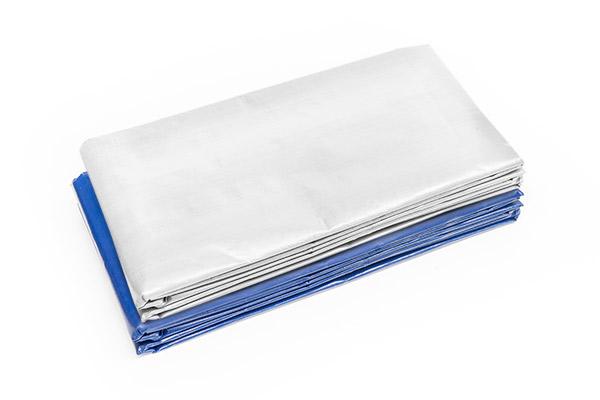 Abdeckplane weiß oder blau mit Ösen - 250 g/m² - auch in XXL-Abmessungen