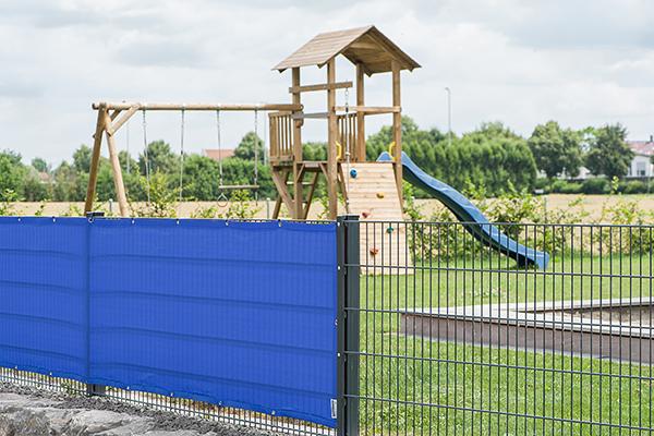 Hoher Sichtschutz für Kindergarten, Schule, Spielplatz