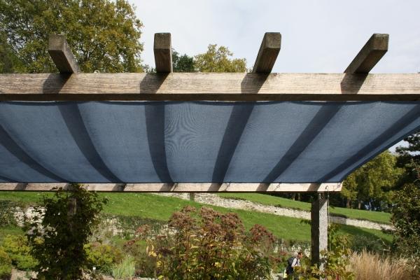 Schattiernetz mit Ösen Bespannung für Holzkonstruktionen