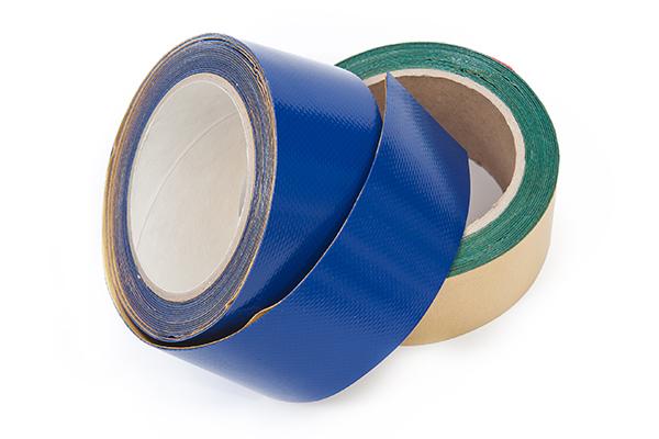 Extrem haftendes Reparaturklebeband für LKW-Planen aus PVC