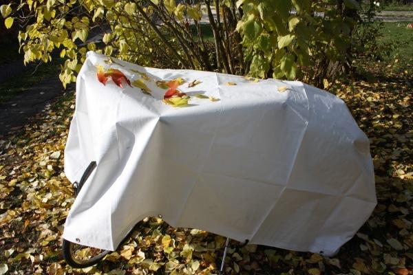garten abdeckplane 180 g m garten abdeckplane wei mit saum und sen. Black Bedroom Furniture Sets. Home Design Ideas